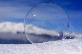 PHOTO - soap-bubble-3187067_640