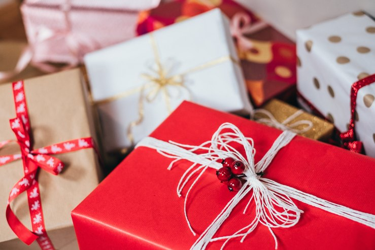 Photo - Christmas - gifts.jpg